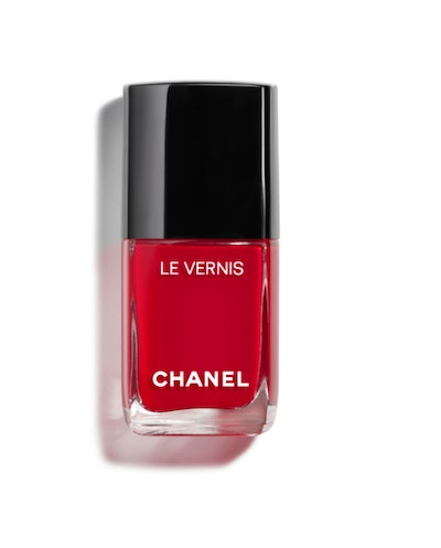 Le Vernis Longwear Nail Polish in Rouge Puissant