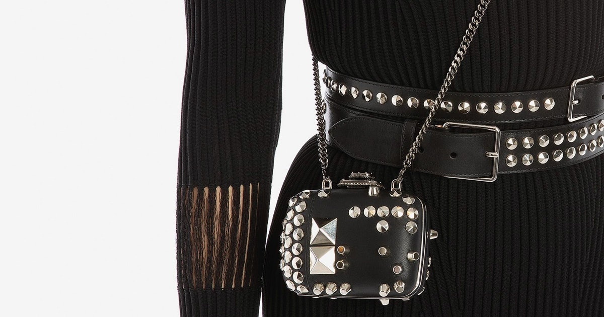 Alexander McQueen's Fall 2019 Accessories Collection Features A Very Luxe Take On The Mini-Purse Trend