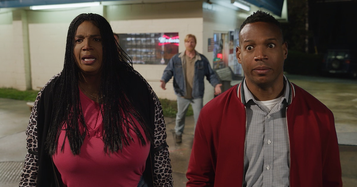 Where Is 'Sextuplets' Set? Marlon Wayans Takes A Cross Country Trip In A Netflix Comedy