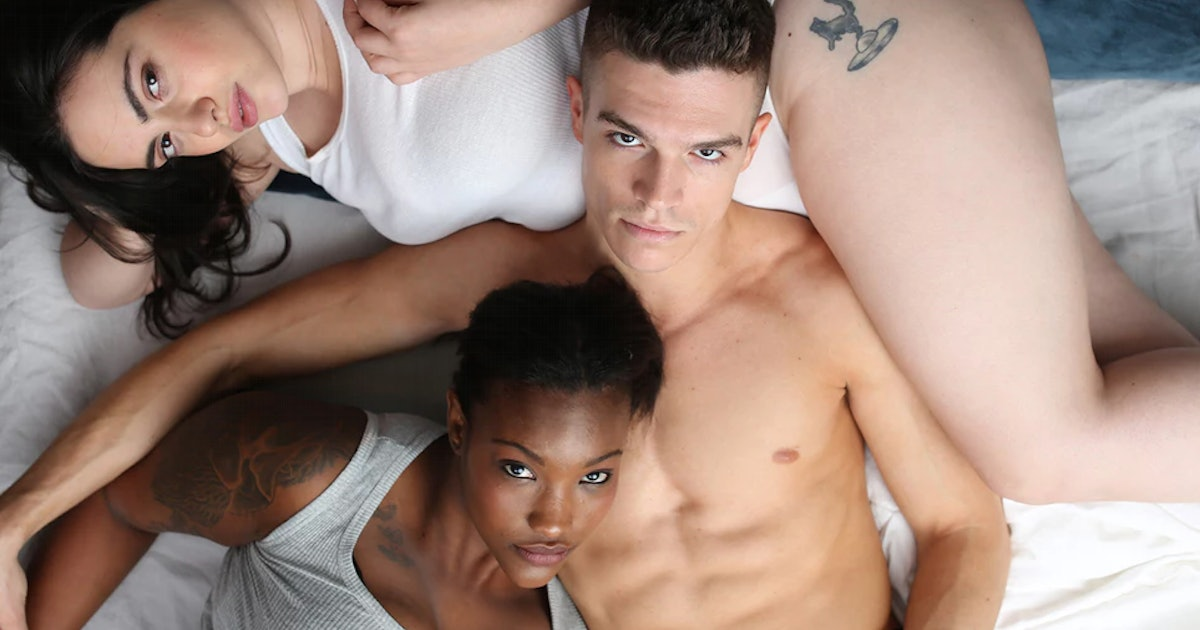 11 Best Sex Toys For Threesomes