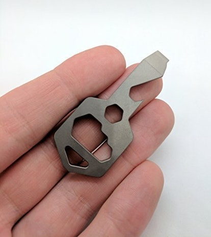CLOSS Titanium Multitool