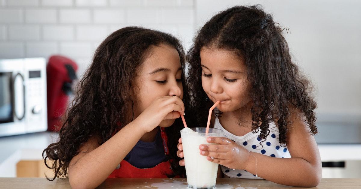 5 Ways Drinking Milk Helps With Your Kid's Development