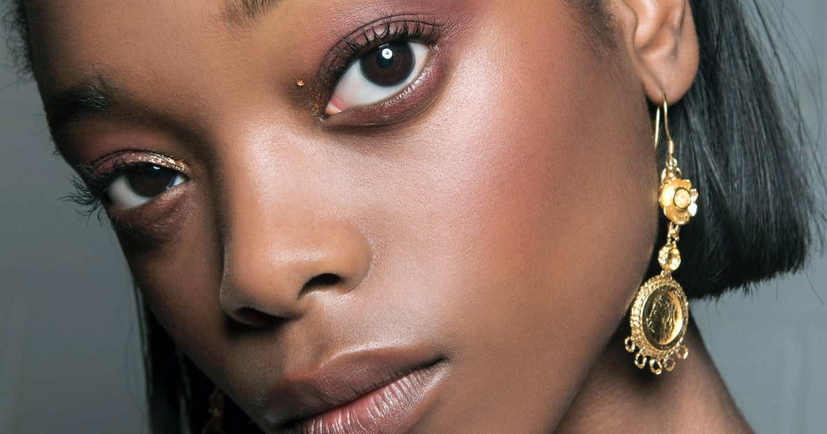 The Best Blush & Highlighter Combinations For Your Skin Tone