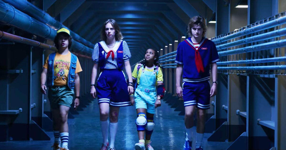 'Stranger Things' Scoops Troop Group Halloween Costume Ideas For Your Own Squad