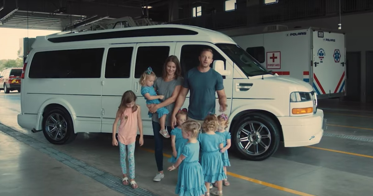 What Do The Busbys Drive On 'OutDaughtered'? Adam & Danielle Have Some Spacious Wheels