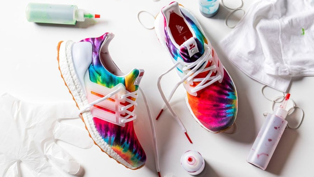 Naturaleza caligrafía Monasterio  How Much Are The Adidas Consortium x Nice Kicks Tie-Dye UltraBOOSTs?  They're Worth The Coin