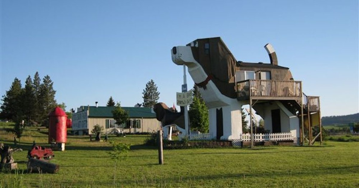This Beagle-Shaped Airbnb Lets You Sleep Inside A Giant Dog