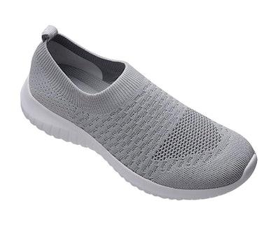 TIOSEBON Slip-On Mesh Walking Sneakers