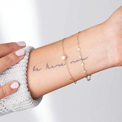 Mevecco Gold Tiny Pearl Bracelet