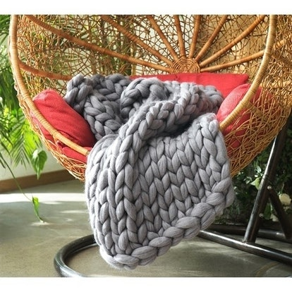 Byourbed Chunky Knit Alloy Woolen Throw Blanket