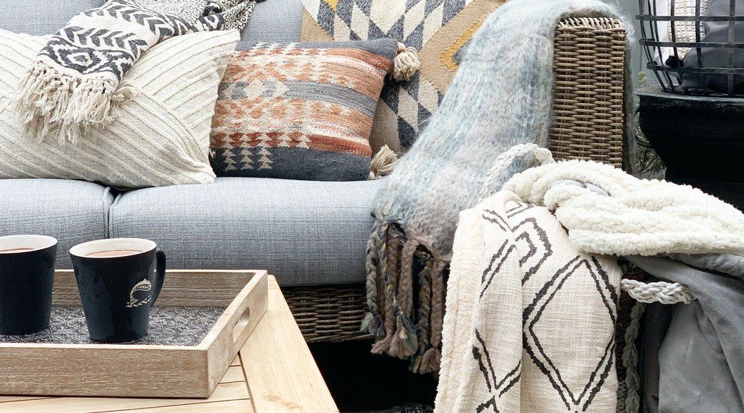 Outdoor Decor Ideas For Fall That Are Not At All Cliché