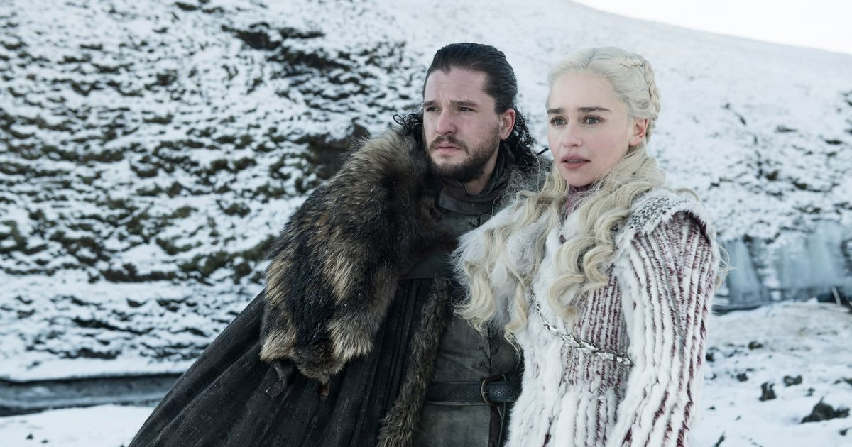 6 'Game Of Thrones' Daenerys & Jon Snow Halloween Couples Costumes That Are Much Better Than The End Of Season 8