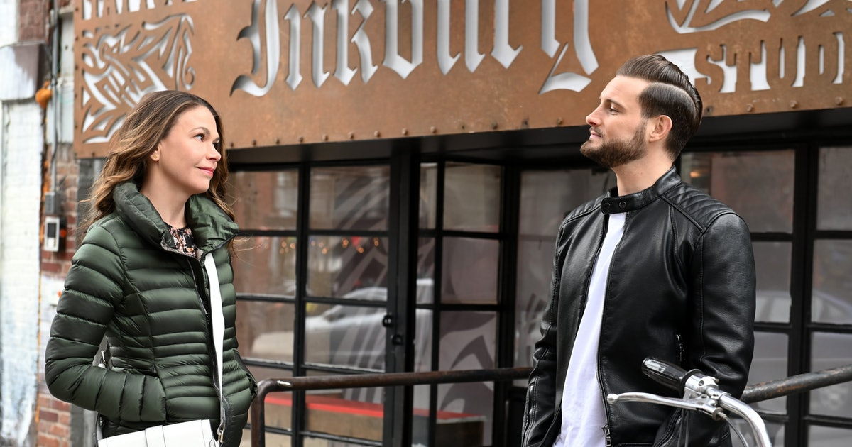 Liza Won't See Josh Anymore On 'Younger' But That Can't Last For Long — Right?