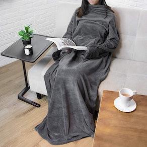 PAVILIA Premium Fleece Wearable Blanket