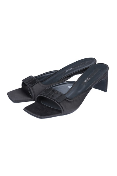 Bra-Detail Flip Flops