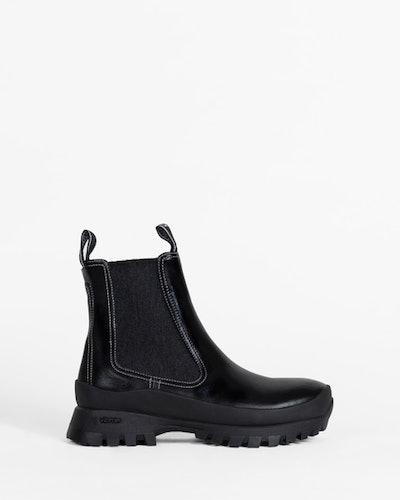 Suba Cheslea Boot In Black Calf