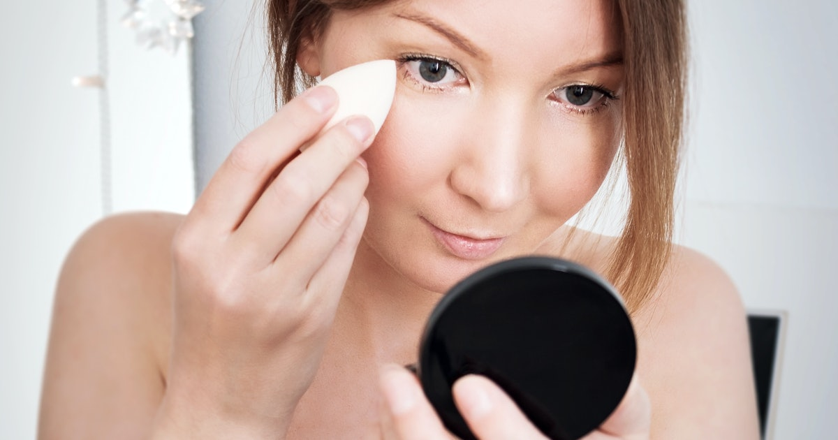 What Are Makeup Sponges Used For? Here's What Each One Is Best For