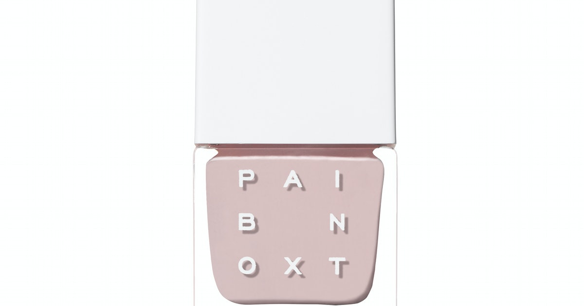 Fall 2019's Best Nail Colors For Dark & Light Shade Lovers