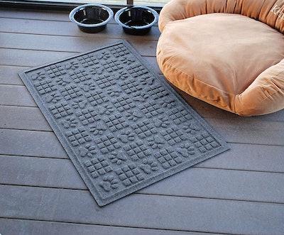 Bungalow Flooring Waterhog Dog Paw Design Doormat
