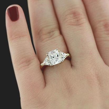 Selma Three-Stone Engagement Ring Setting
