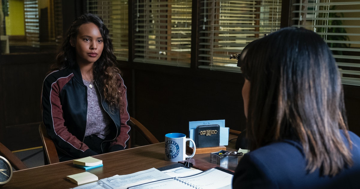 Jessica's Story In '13 Reasons Why' Season 3 Shows There's No One Way To Recover From Sexual Trauma