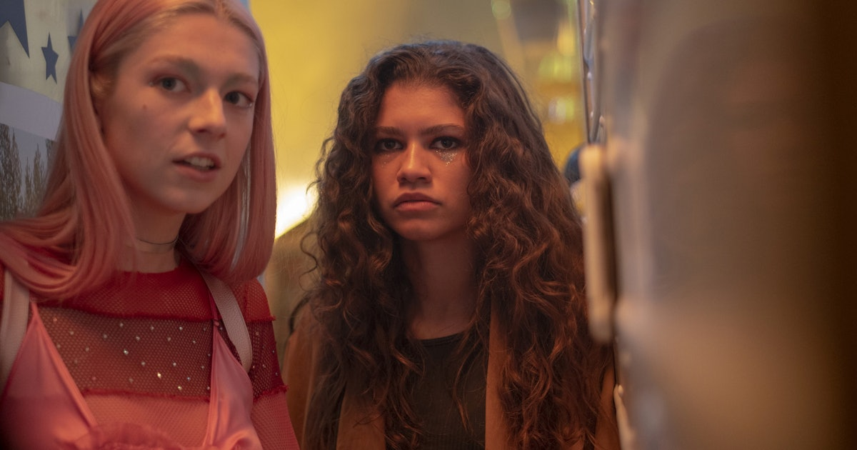 This 'Euphoria' Behind-The-Scenes Video Highlights The Cast's Close Off-Screen Bond