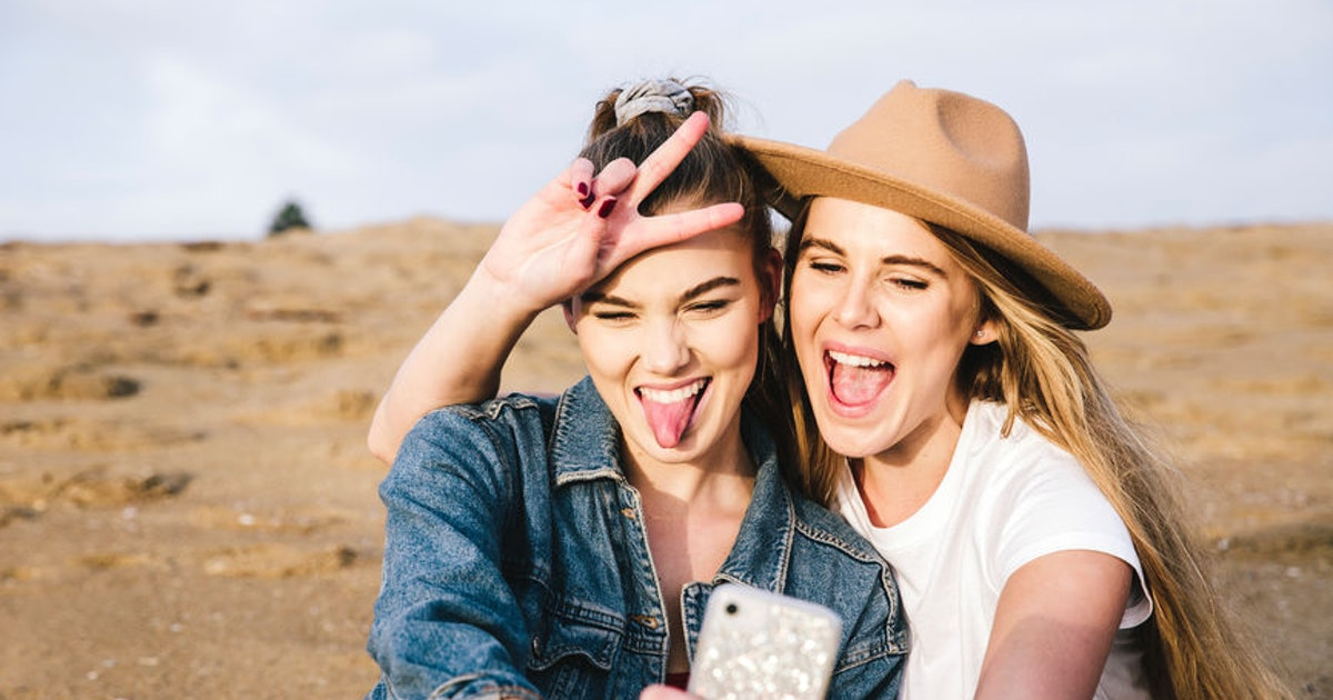 6 Zodiac Sign Pairings Compatible For Love, But Not Sex