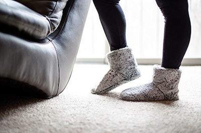 Snookiz Heated Bootie Slippers (Sizes 6-10)