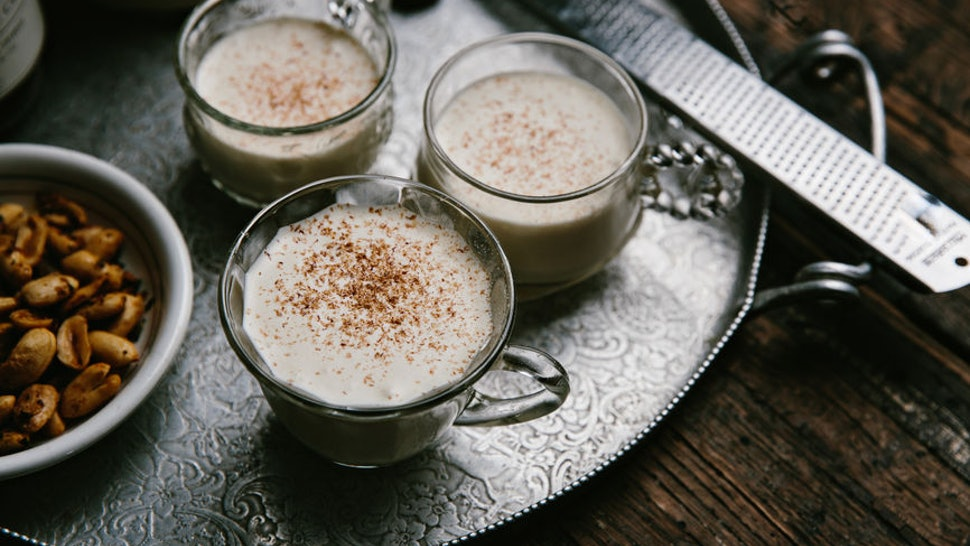 What Does Eggnog Taste Like? It's The Most Holiday Drink