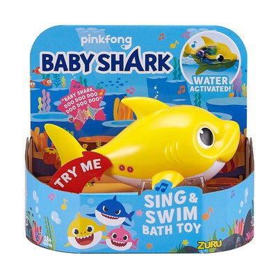 Baby Shark Battery-Powered Sing and Swim Bath Toy