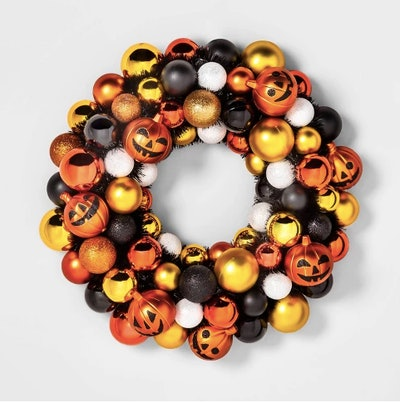 Jack-O-Lantern Decorative Wreath