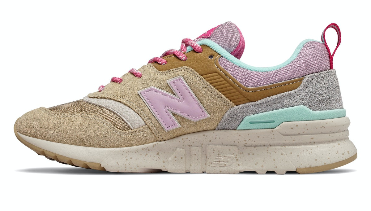 """997H in """"Incense with Oxygen Pink"""""""