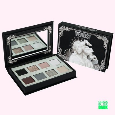 Venus Immortalis Eyeshadow Palette