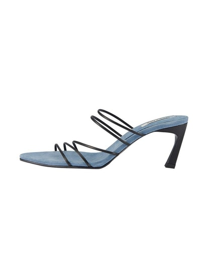 5 Strings Pointed Sandals