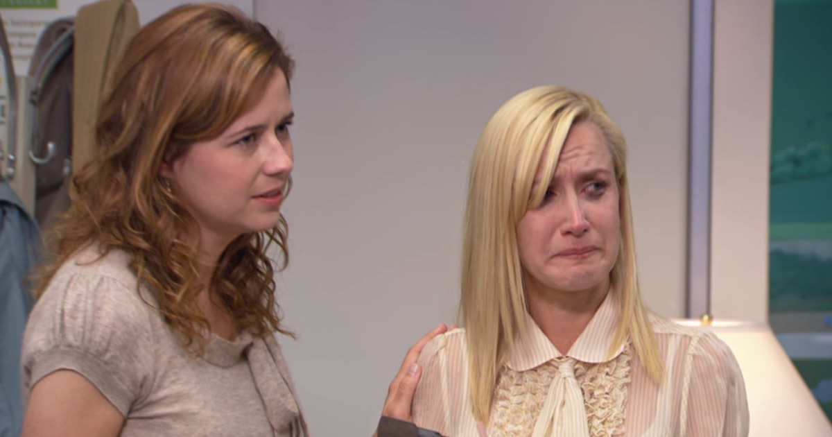 Angela Kinsey & Jenna Fischer's New 'Office' Podcast Will Be Perfect For Your Next Rewatch Of The Series