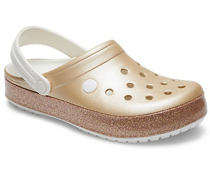 Crocband Printed Clog in Metallic Champagne