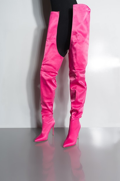 AZALEA WANG MOVIN ONTO BETTER THINGS SEXY THIGH HIGH STILETTO BOOTS IN HOT PINK