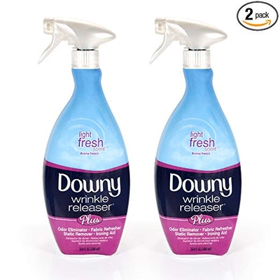 Downy Wrinkle Release Spray Plus (33.8 Ounces, 2-Pack)
