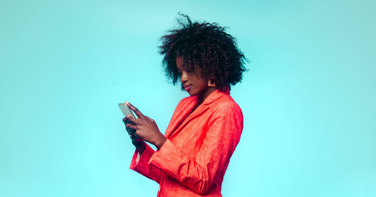 How to tell if someone likes you, according to an app's analysis of your texts