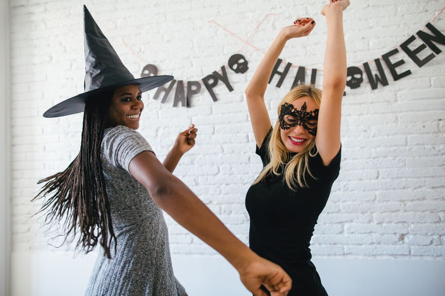 10 Sexy Couples Costumes For Halloween 2019 That\u0027ll Bring