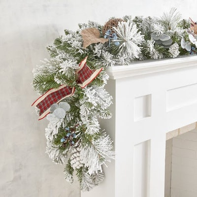 Frosted Eucalyptus & Pinecones Garland