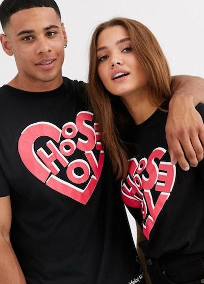 Les Girls Les Boys Choose Love T-Shirt