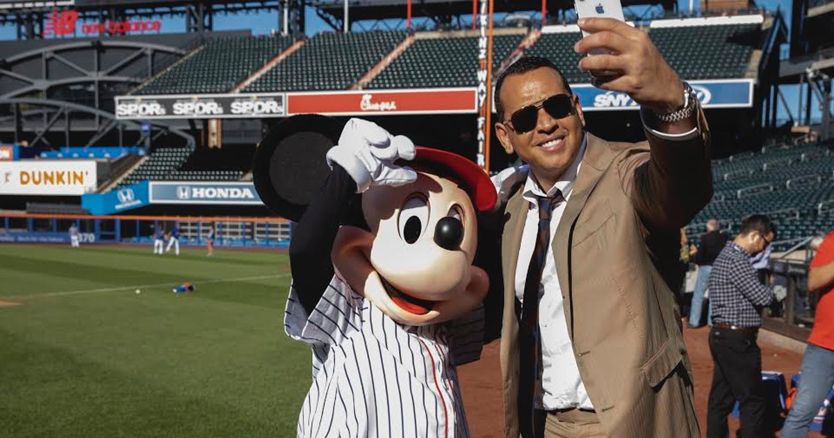 Mickey Mouse Threw The First Pitch At A Mets Game With A Little Help From A-Rod