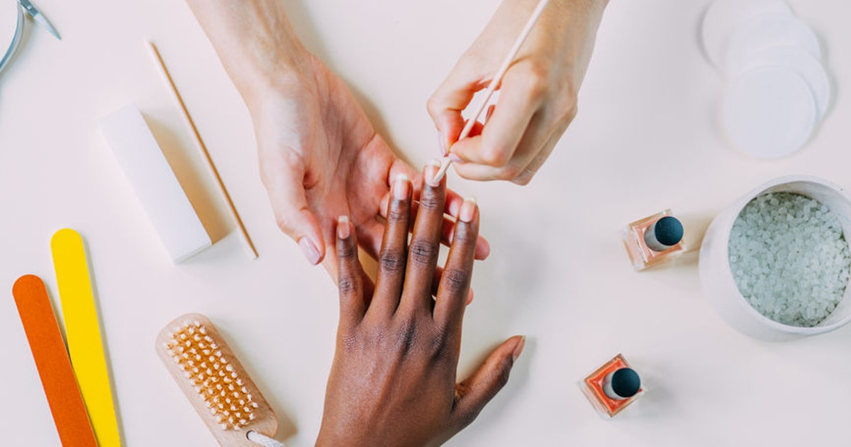 How To Do The New French Manicure, Because It's Got A Whole New Look