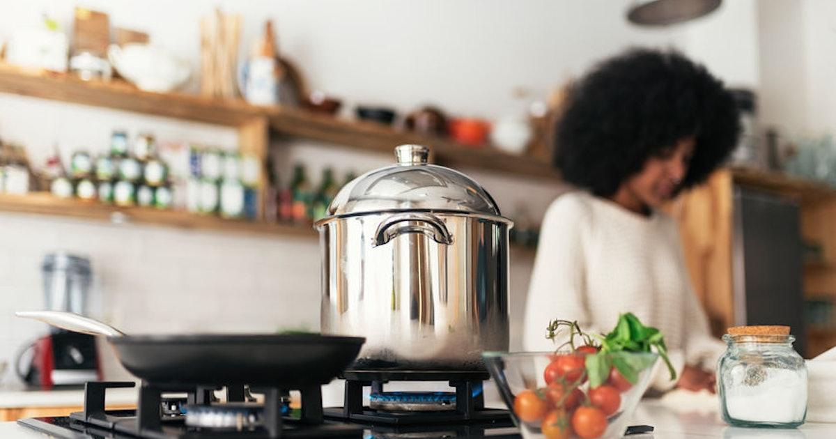 7 Hearty Vegan Stews To Get You Through Autumn & Winter