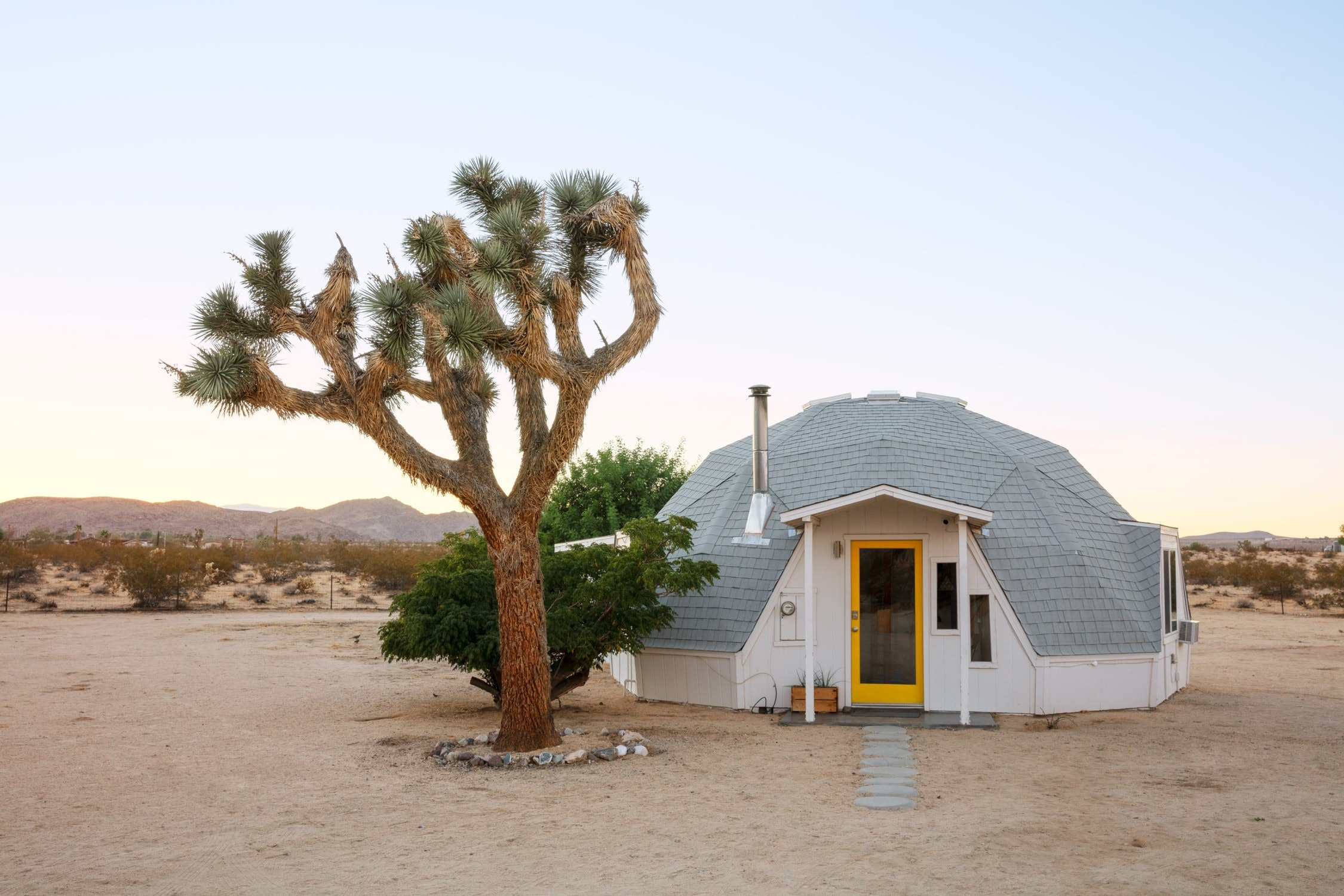 The 10 Best Desert Rentals For Those Looking To Get Away From It All ASAP