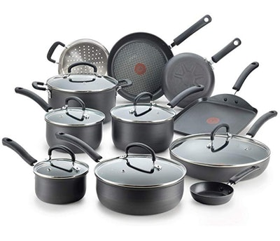 T-Fal Nonstick Cookware Set (17 Pieces)