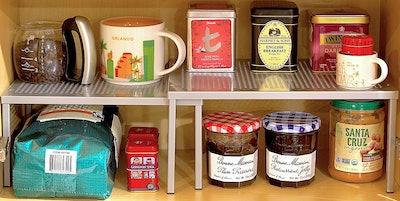 Simple Houseware Expandable Shelf
