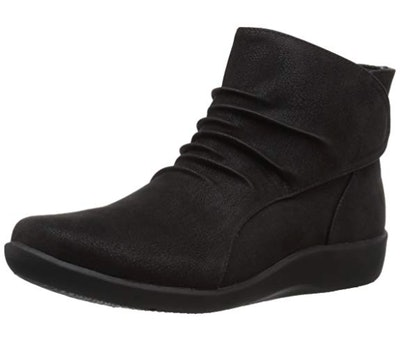 Clarks Sillian Sway Ankle Bootie