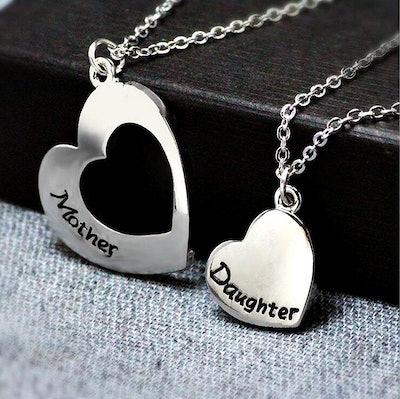 KUIYAI Mother Daughter Necklace Set of 2